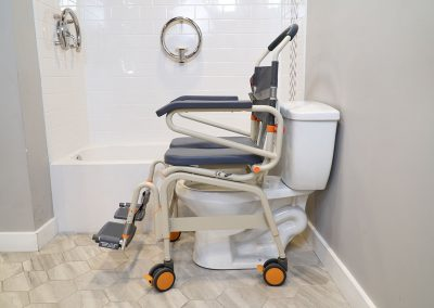 Roll-InBuddy XL SB6c-22 over toilet